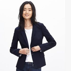 Banana Republic lightweight two button blazer
